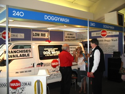 Doggy Wash - Sydney Pet EXPO Nov 6, 04